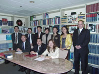 signing-of-Vietnamese-contract